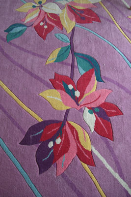 花柄のじゅうたん.JPG